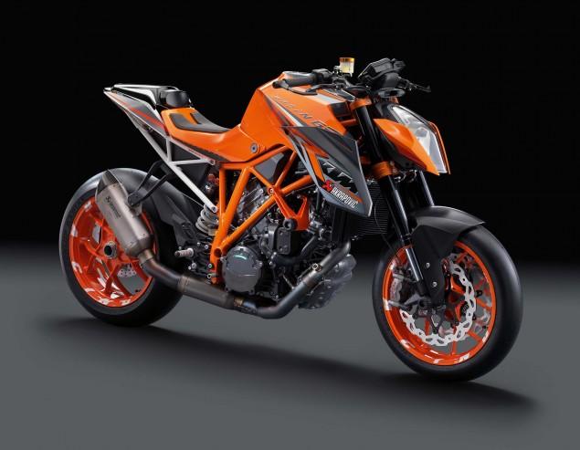 2014-KTM-1290-Super-Duke-R-10