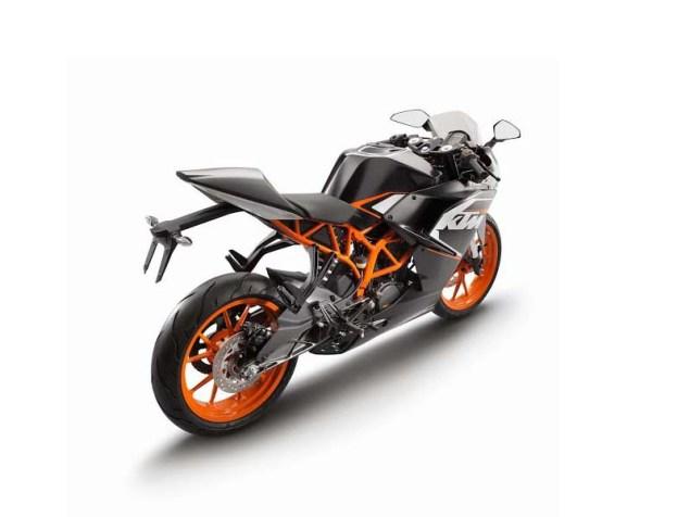 2014-KTM-RC125-black-03