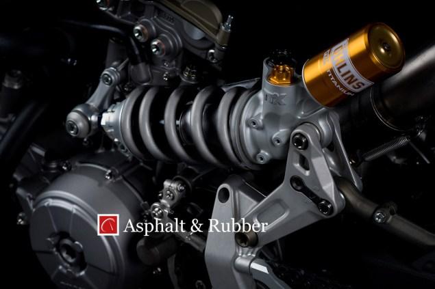 Ducati-1199-Panigale-R-Superleggera-leak-06