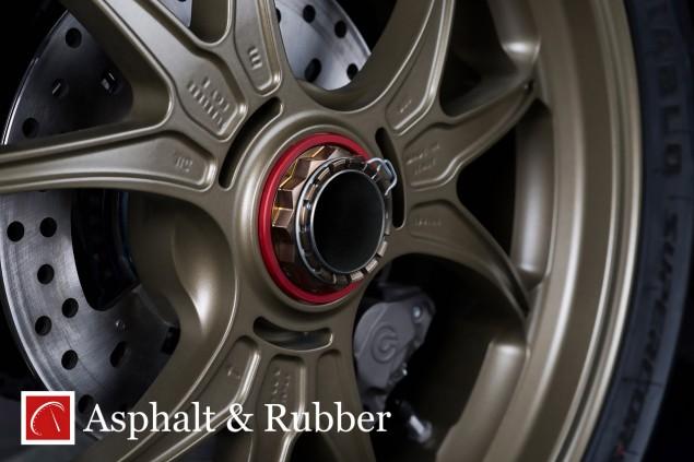 Ducati-1199-Panigale-R-Superleggera-leak-10
