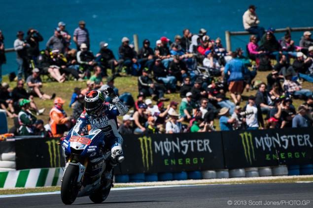 Saturday-Phillip-Island-MotoGP-2013-Scott-Jones-05