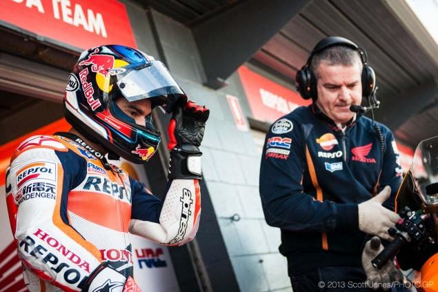 Saturday-Phillip-Island-MotoGP-2013-Scott-Jones-10