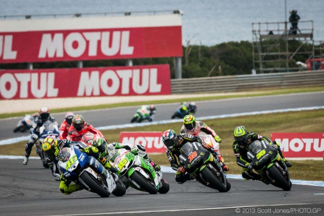 Sunday-Phillip-Island-Australian-GP-MotoGP-2013-Scott-Jones-19