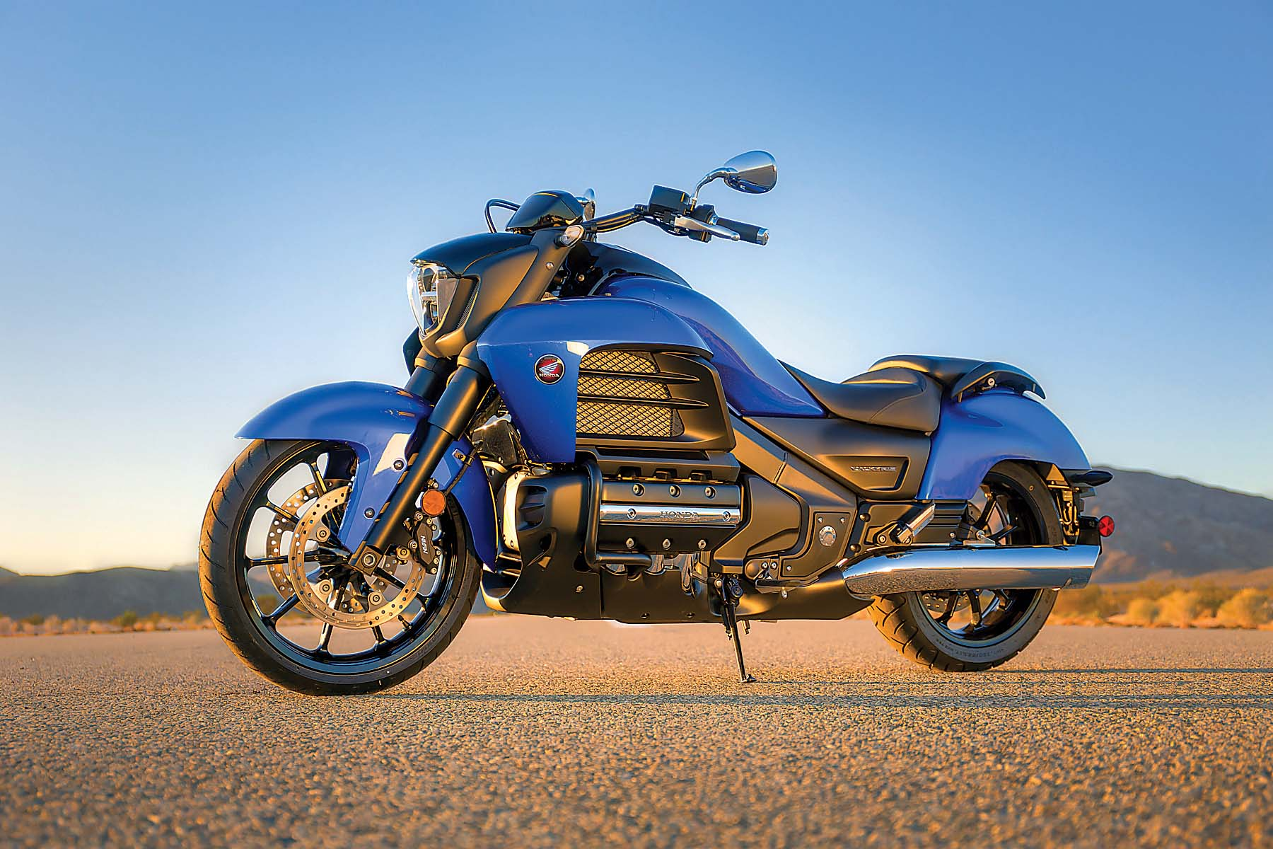 2018 Honda Valkyrie >> 2014 Honda Valkyrie - Your Valhalla of Power Cruisers? - Asphalt & Rubber
