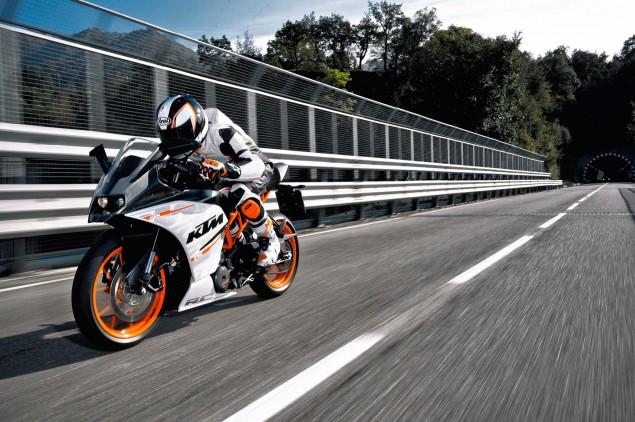 2014-KTM-RC390-08