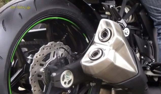 2014-Kawasaki-Z1000-video-leak-04