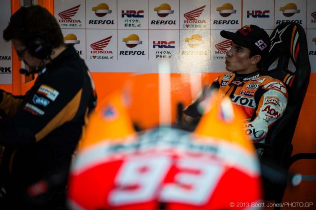 2014-Saturday-Valencia-MotoGP-Scott-Jones-12