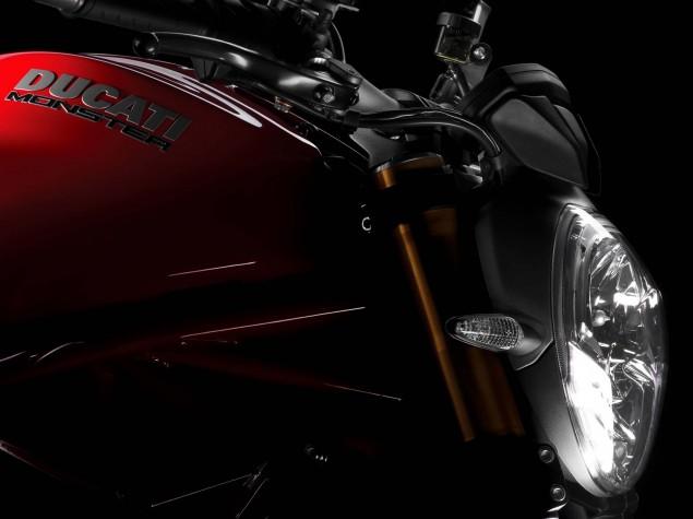 2104-Ducati-Monster-1200-S-11