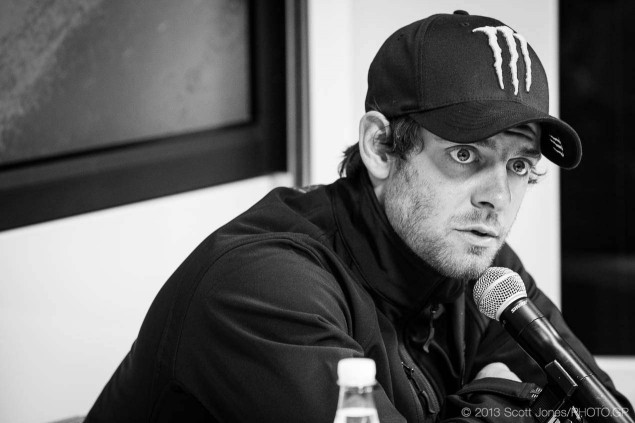 Cal-Crutchlow-MotoGP-Ducati-Corse-Valencia-Test-Scott-Jones-09