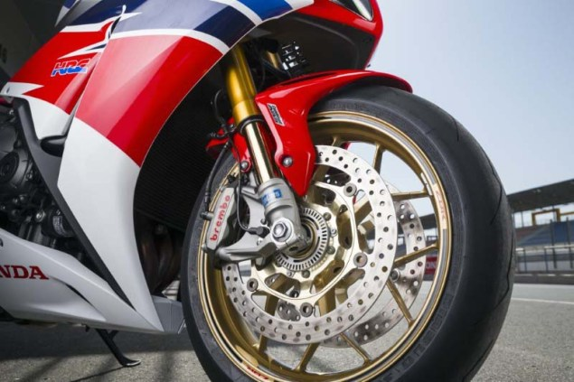 2014-Honda-CBR1000RR-SP-review-Iwan-10