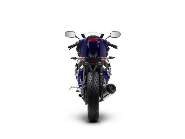 2014-Yamaha-YZF-R125-15