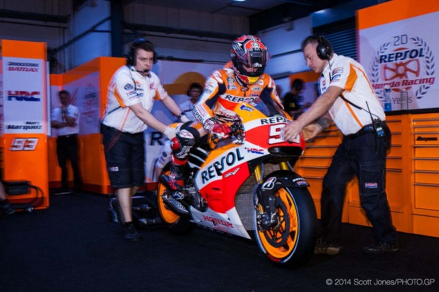 2014-MotoGP-Thursday-Qatar-Scott-Jones-03