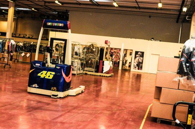Dainese-Warehouse-Rossi-racks