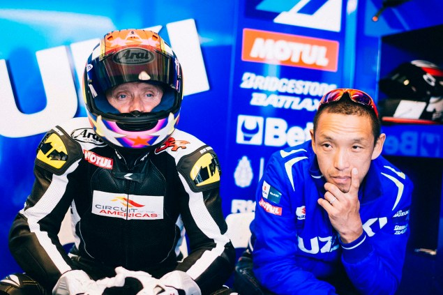 Kevin-Schwantz-Randy-de-Puniet-Suzuki-XRH-1-MotoGP-COTA-test-34