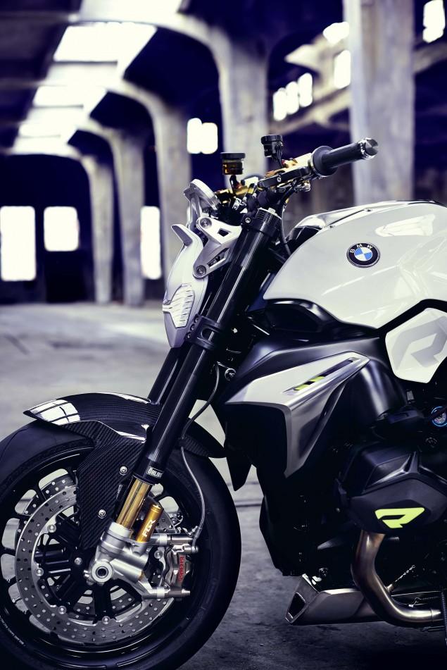 BMW-Concept-Roadster-studio-12