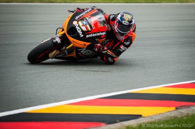 Colin-Edwards-NGM-Forward-Racing-Kawasaki-FTR-MotoGP-race-bike-Scott-Jones-01