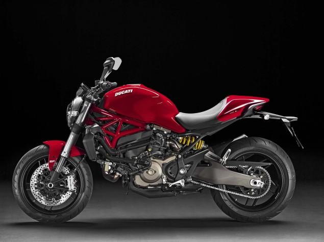 Ducati-Monster-821-05