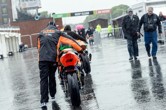 rain-isle-of-man-tt
