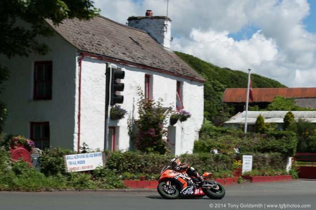 2014-Isle-of-Man-TT-Ballacraine-Tony-Goldsmith-12
