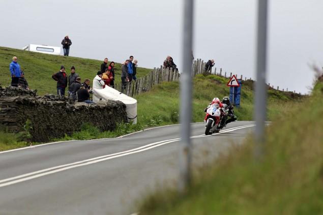 2014-Isle-of-Man-TT-Kates-Cottage-Richard-Mushet-11