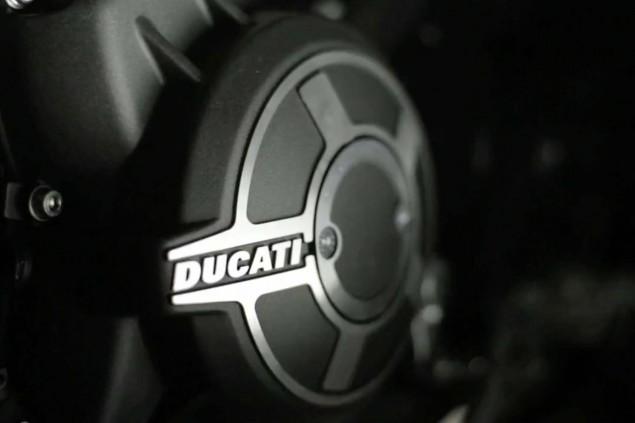 2015-Ducati-Scrambler-video-11