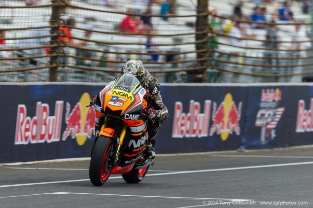 Saturday-Indianapolis-MotoGP-Indianapolis-GP-Colin-Edwards-Tony-Goldsmith-7