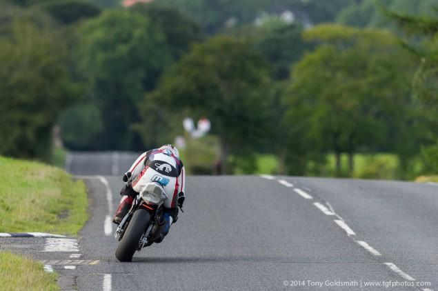 Thursday-Ulster-Grand-Prix-Tony-Goldsmith-14
