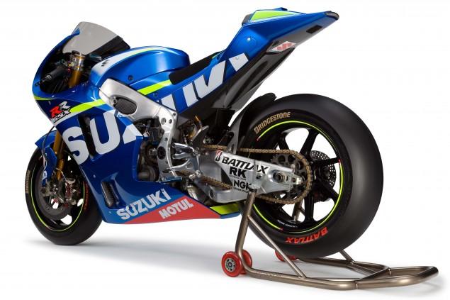 2015-Suzuki-GSX-RR-MotoGP-race-bike-01