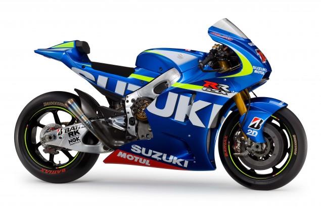 2015-Suzuki-GSX-RR-MotoGP-race-bike-04