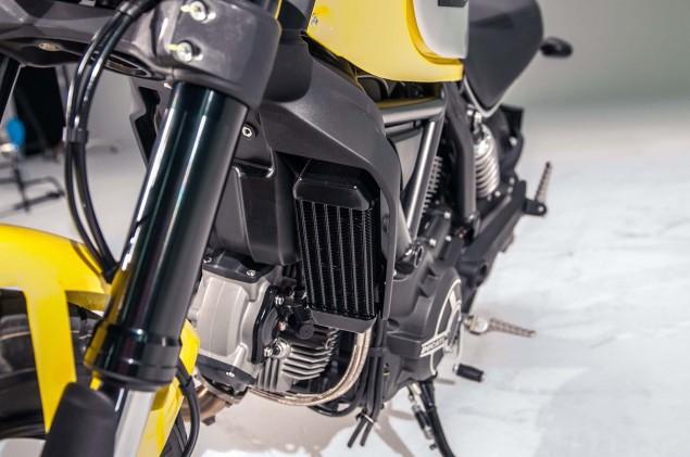 Ducati-Scrambler-up-close-16