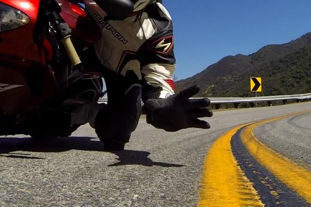 kneedragger-go-pro-grab