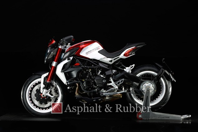 MV-Agusta-Dragster-RR-leak-Asphalt-and-Rubber-14
