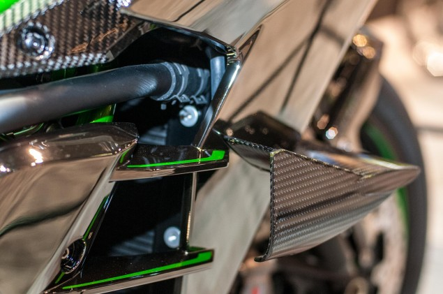 kawasaki-ninja-h2r-up-close-19