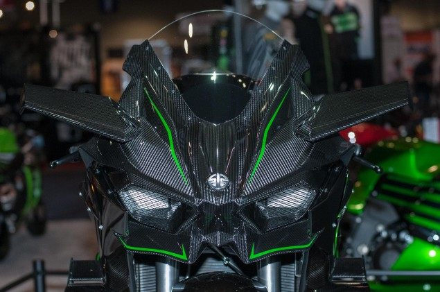 kawasaki-ninja-h2r-up-close-5
