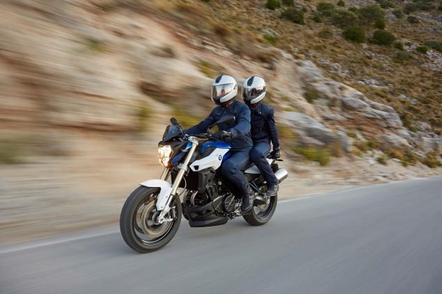 2015-BMW-F800R-action-10