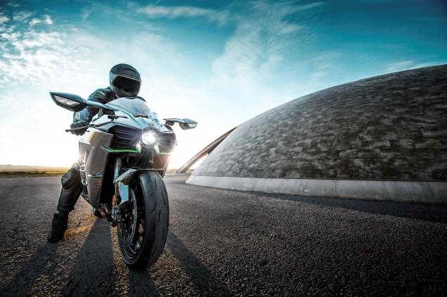 2015-Kawasaki-Ninja-H2-03