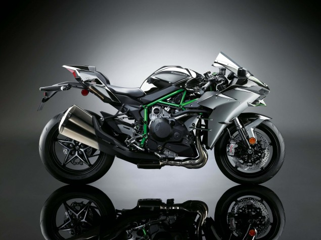 2015-Kawasaki-Ninja-H2-26
