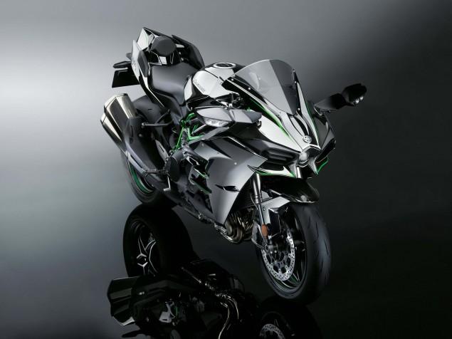 2015-Kawasaki-Ninja-H2-46