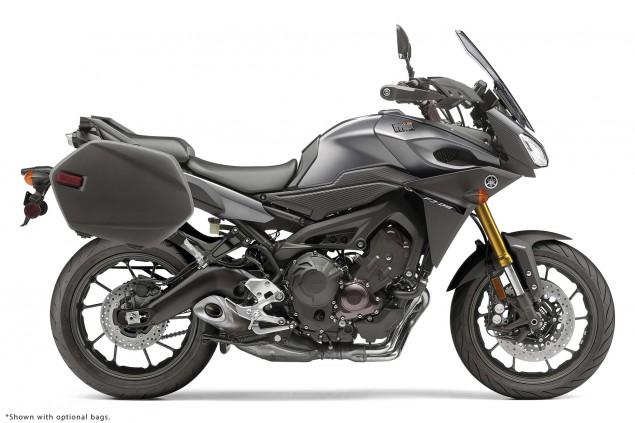2015-Yamaha-FJ-09-MT-09-Tracer-29