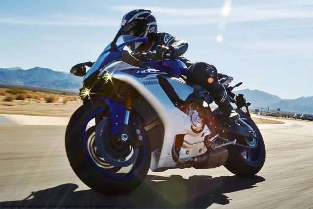 2015-Yamaha-YZF-R1-20
