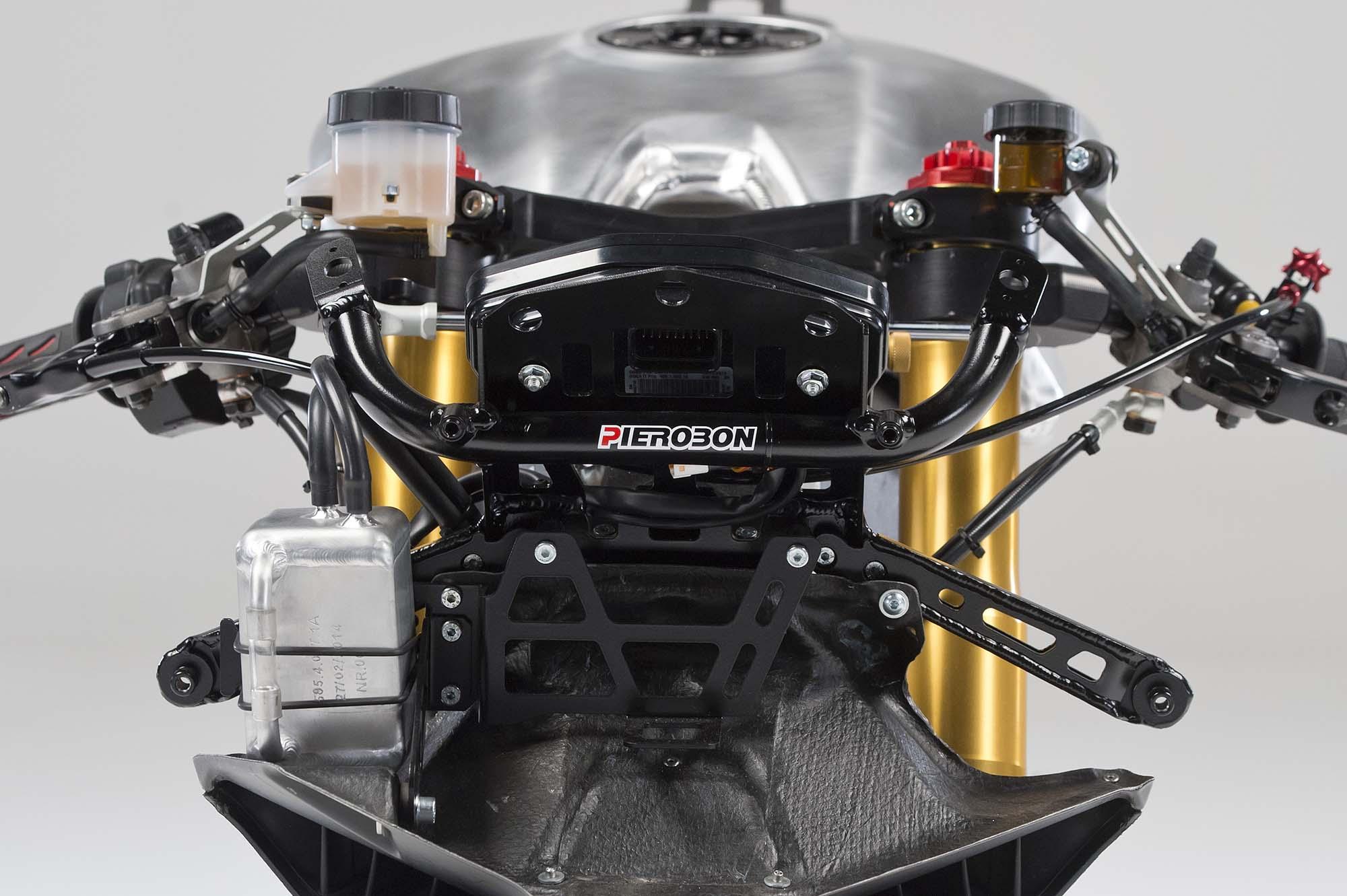 Pierobon-Ducati-899-Panigale-swingarm-07