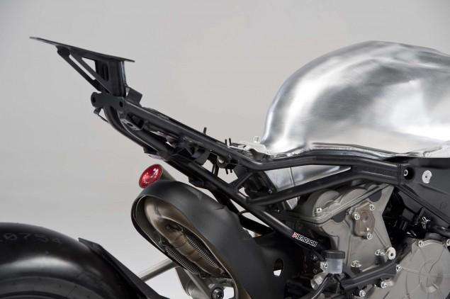 Pierobon-Ducati-899-Panigale-swingarm-08