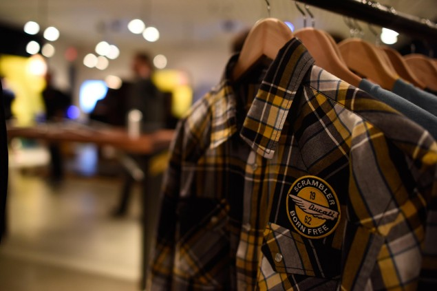 ducati-scrambler-hipster-shirt