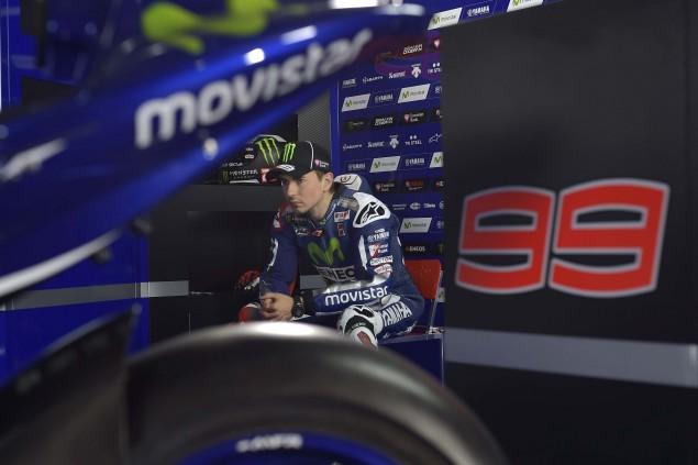 2015-Yamaha-Racing-Jorge-Lorenzo-06