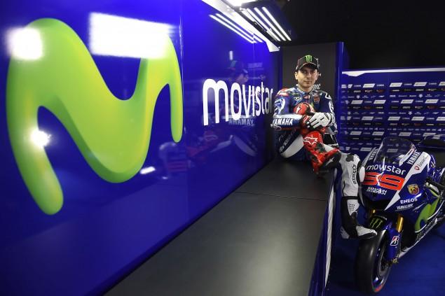 2015-Yamaha-Racing-Jorge-Lorenzo-07