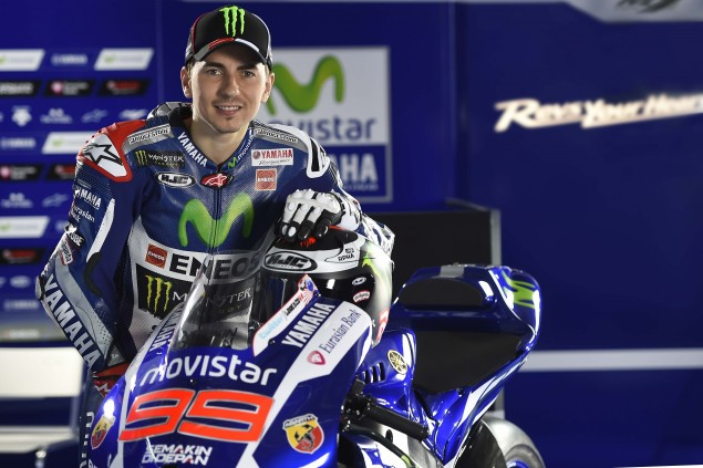 2015-Yamaha-Racing-Jorge-Lorenzo-32