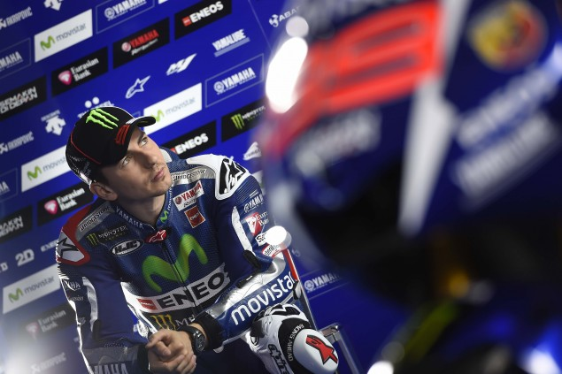 2015-Yamaha-Racing-Jorge-Lorenzo-43