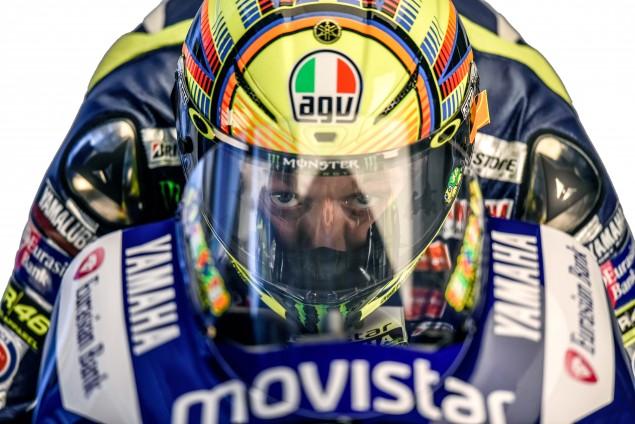 2015-Yamaha-Racing-Valentino-Rossi-32