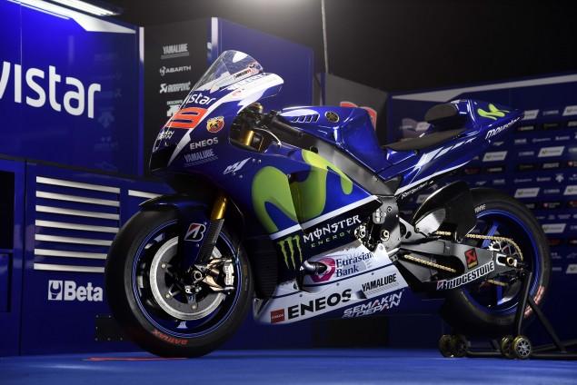 2015-Yamaha-YZR-M1-photos-26