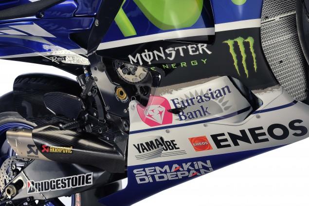 2015-Yamaha-YZR-M1-photos-42